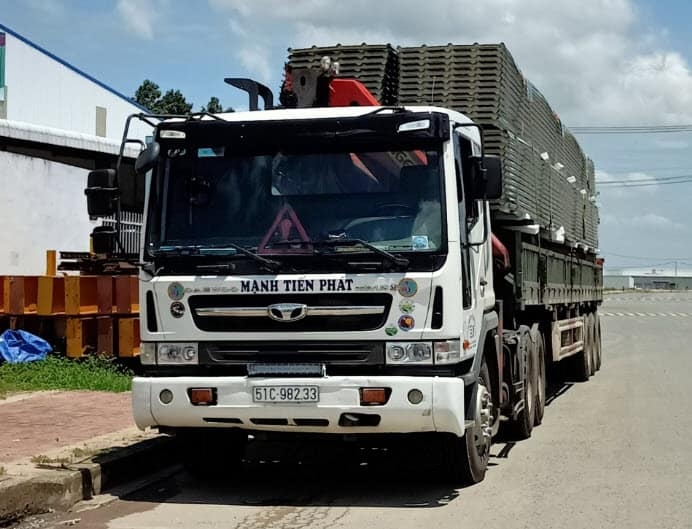 thuê xe tải chở hàng dài hạn giá rẻ